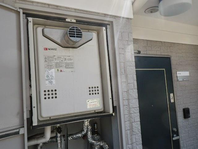 兵庫県 川西市 マンション ノーリツ ガスふろ給湯器 20号 セミオート PS扉内設置 前方排気 取替交換工事施工