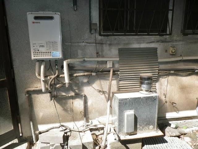 兵庫県 西宮市 戸建て住宅 ノーリツ ガスふろ給湯器 20号 セミオート 屋外壁掛型 取替交換工事 施工
