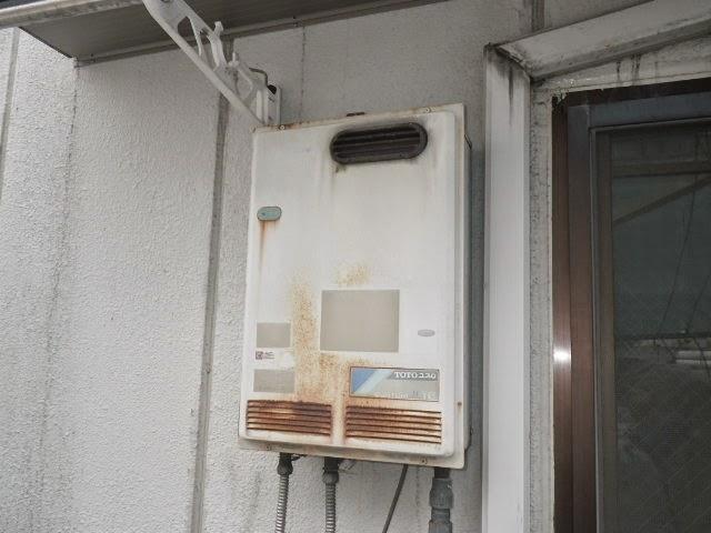 大阪府 高槻市 マンション ノーリツ 16号 ガス給湯器 屋外壁掛型 取替交換工事 施工