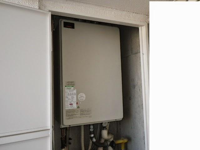 兵庫県 神戸市 垂水区 マンション リンナイ 16号 ガスふろ給湯器 屋内設置型 フルオートタイプ 強制給排気 取替交換工事施工