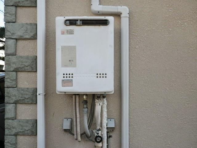兵庫県 芦屋市 戸建て住宅 ノーリツ 24号 エコジョーズ ガス追い焚き付き給湯器 セミオート 屋外壁掛型 取替交換工事 施工