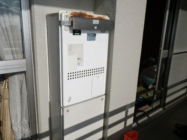 兵庫県 西宮市 マンション ノーリツ 24号 ガス温水暖房付きふろ給湯器 屋外壁掛型セミオート 取替交換工事施工