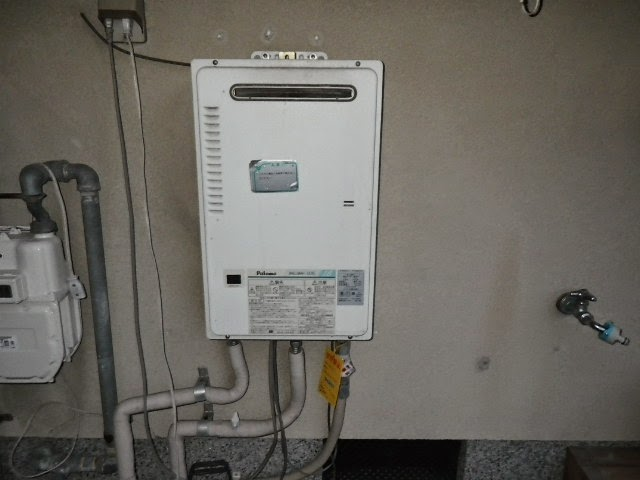 兵庫県 尼崎市 戸建て住宅 ノーリツ 16号 ガス給湯器 屋外設置型 取替交換工事施工
