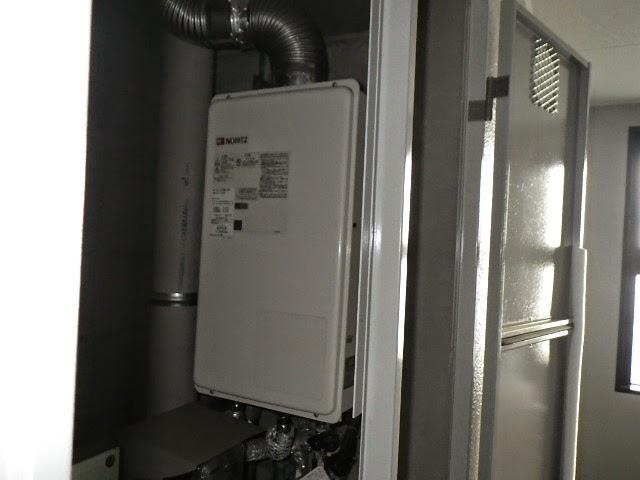 兵庫県 伊丹市 マンション ノーリツ 16号 ガス給湯器 屋内設置型 強制給排気 取替交換工事施工