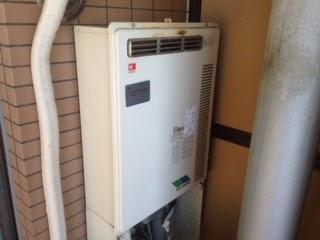兵庫県 尼崎市 マンション ノーリツ 24号 ガス給湯器 高温水供給方式 屋外壁掛型 取替交換工事施工
