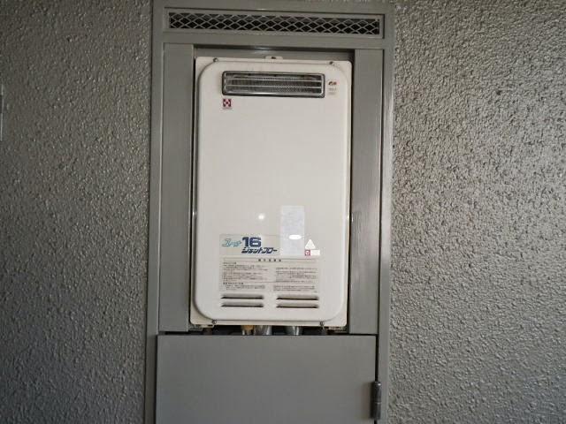 兵庫県 加古川市 マンション ノーリツ 16号 ガス給湯器 高温水供給方式 PS標準設置型 取替交換工事施工