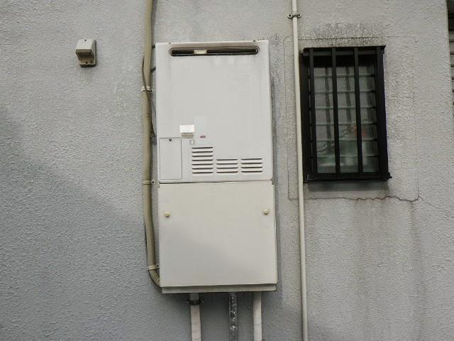 大阪府 吹田市 戸建て住宅 ノーリツ 24号 ガスふろ給湯器 エコジョーズ 屋外壁掛型 セミオート 取替交換工事施工