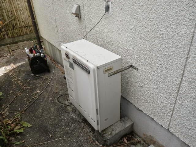 兵庫県 西宮市 戸建て住宅 ノーリツ 24号 エコジョーズ ガスふろ給湯器 屋外壁掛型 セミオート 取替交換工事 施工