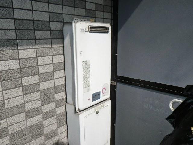大阪府 大阪市 天王寺区 マンション ノーリツ 16号 ガス給湯器 屋外壁掛型 取替交換工事施工