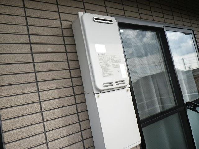 兵庫県 川西市 ハイツ ノーリツ 20号 ガス給湯器 屋外壁掛型 取替交換工事施工