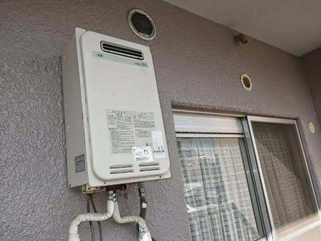 大阪市 此花区 酉島 マンション ノーリツ 24号 ガス給湯器 屋外壁掛型 ベランダ設置 取替交換工事施工
