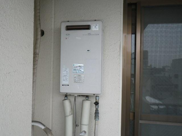 兵庫県 尼崎市 立花町 マンション ノーリツ 16号 ガス給湯器 屋外壁掛型 取替交換工事 施工