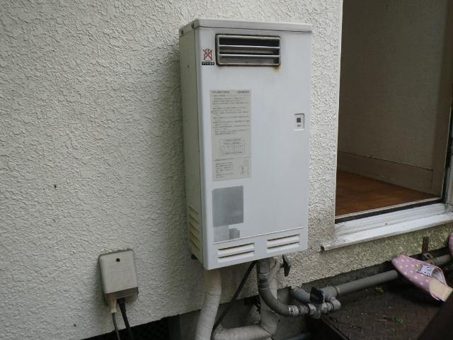 兵庫県 尼崎市 常松 戸建住宅 ノーリツ 16号 ガス給湯器 屋外壁掛 取替交換工事施工