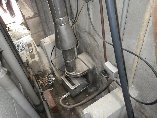 兵庫県 川西市御園 戸建て住宅 ノーリツ16号 ガス給湯器 シャワー水栓 新設工事