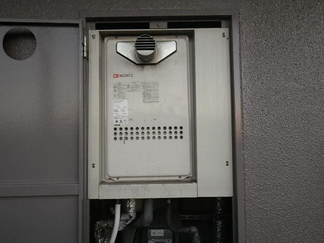 兵庫県 尼崎市三反田町 マンション ノーリツ 16号 ガス給湯器 高温水供給式 クイックオート PS扉内設置 前方排気 取替交換工事施工
