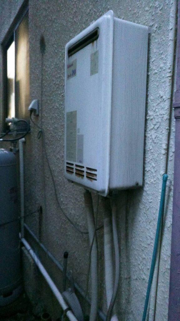 兵庫県 神戸市北区 戸建住宅 リンナイ 20号 ガス風呂給湯器 屋外壁掛形 セミオート 取替交換工事施工