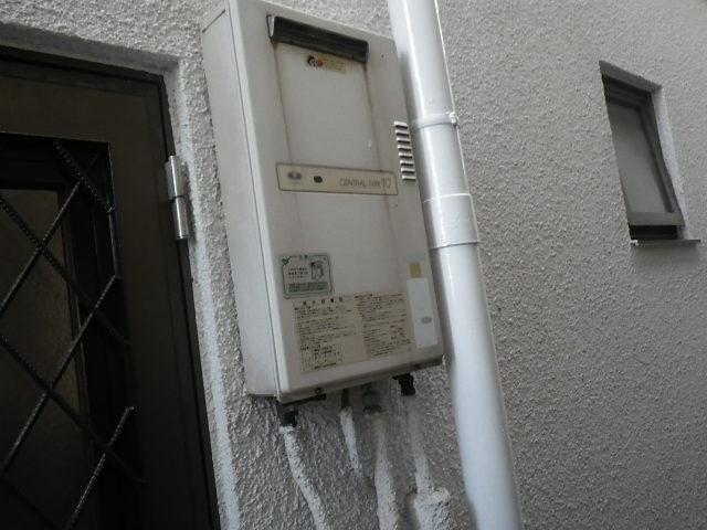 兵庫県 尼崎市 武庫之荘 戸建住宅 ノーリツ 16号 ガス給湯器 屋外壁掛形 取替交換工事施工