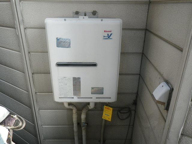 兵庫県 尼崎市 神崎町 戸建住宅 リンナイ 24号 ガス給湯器 屋外壁掛形 取替交換工事施工