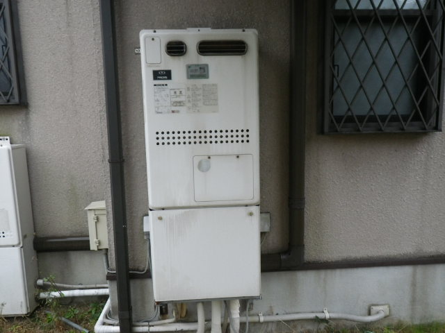 兵庫県 西宮市 上鳴尾町 戸建住宅 ノーリツ 24号 ガス給湯器 取替交換工事施工 44-380 GTH-2413AWXD から GTH-2444AWXD-1 BL