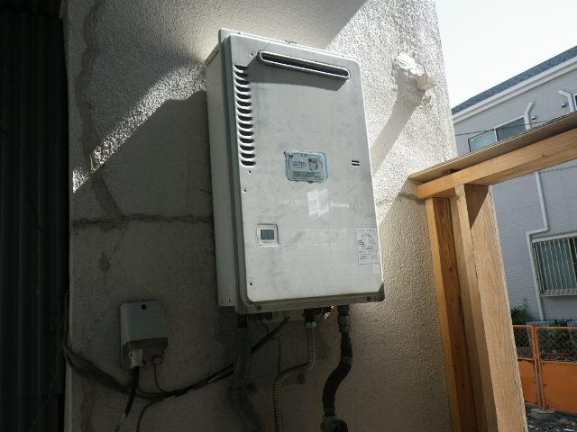 兵庫県 西宮市南甲子園 戸建住宅 ノーリツ 16号 ガス給湯器 取替交換工事施工 PH-16CWQ から GQ-1639WS