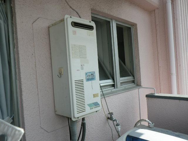 兵庫県神戸市東灘区岡本 マンション ノーリツ 16号 ガス給湯器 取替交換工事施工 GQ-168WS から GQ-1639WS