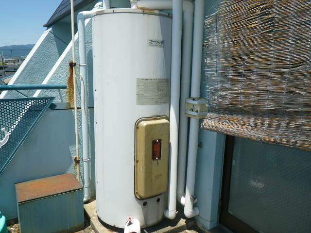 兵庫県尼崎市南武庫之荘 マンション 日立アプライアンス 370L 電気温水器 取替交換工事施工 BE-L37E