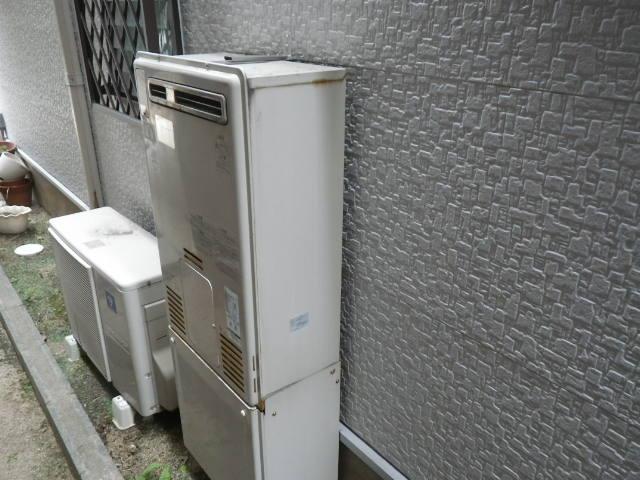 兵庫県尼崎市久々知 戸建住宅 リンナイ 24号 エコジョーズ ガスふろ給湯器 取替交換工事施工 44-270 から RUF-E2405AW