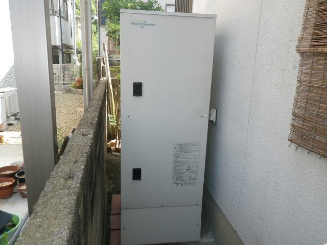 兵庫県明石市上の丸 戸建住宅 日立アプライアンス エコキュ-ト 取替交換工事施工 HHP-T371HAT から BHP-TA37R