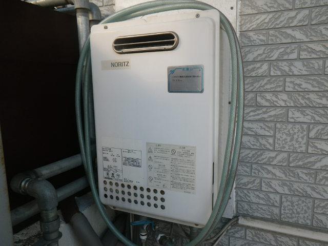 兵庫県 尼崎市次屋 戸建住宅 ノーリツ 16号 ガス給湯器 取替交換工事施工 GQ-1623WE から GQ-1639WS