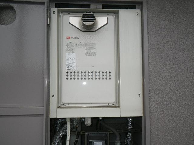 兵庫県 神戸市東灘区 マンション ノーリツ16号 ガス給湯器 高温差し湯 取替交換工事施工 GQ-1613AW-T から GQ-1627AWX-T-DX BL