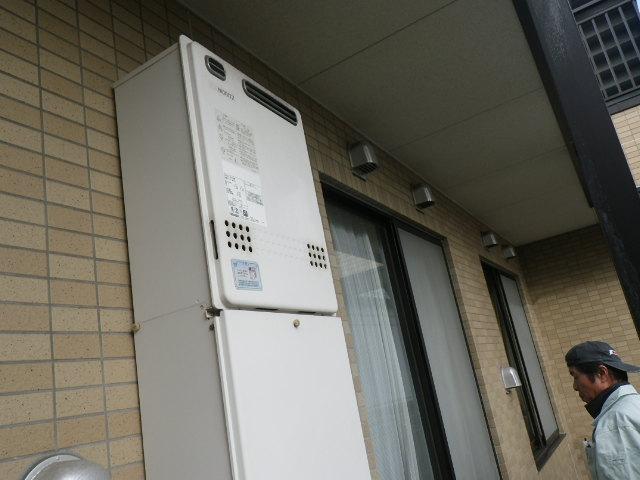 大阪府八尾市 戸建住宅 ノーリツ24号ガスふろ給湯器 取替交換工事施工 GT-2427SAWX から GT-2460SAWX