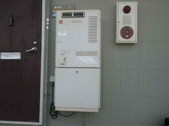 兵庫県尼崎市上之島ハイツ ノーリツ16号ガス給湯器 取替交換工事施工 GQ-1601WSG から GQ-1639WS