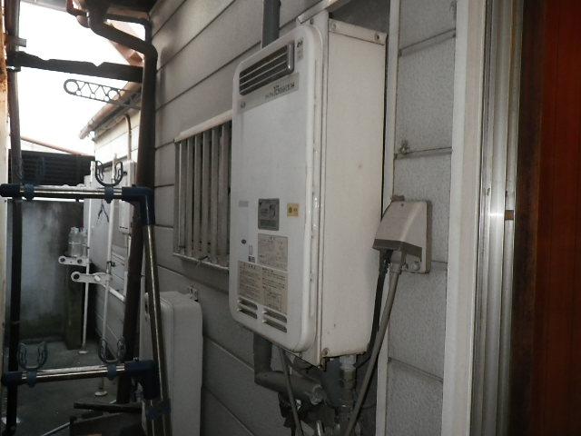 兵庫県西宮市笠屋町 戸建住宅 ノーリツ16号 ガス給湯器 取替交換工事施工 33-390 から GQ-1639WS