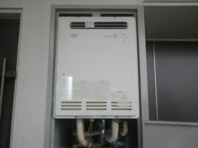 兵庫県尼崎市久々知西町マンション ノーリツ16号ガス追炊き付給湯器 取替交換工事施工 32-624 RUF-1613SAW から GT-1660SAWX