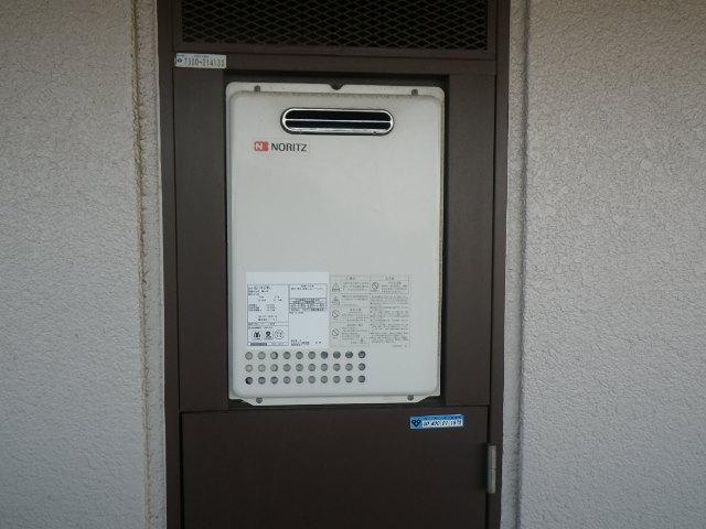 兵庫県伊丹市下河原 マンション ノーリツ16号ガス給湯器 取替交換工事施工 GQ-1637WS から GQ-1639WS
