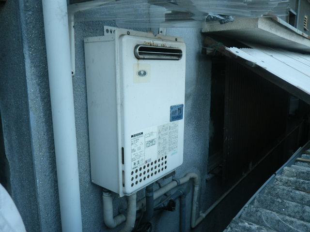 尼崎市杭瀬寺島 戸建住宅 ノーリツ 24号ガス給湯器 取替交換工事施工 133-8100 から GQ-2423WA