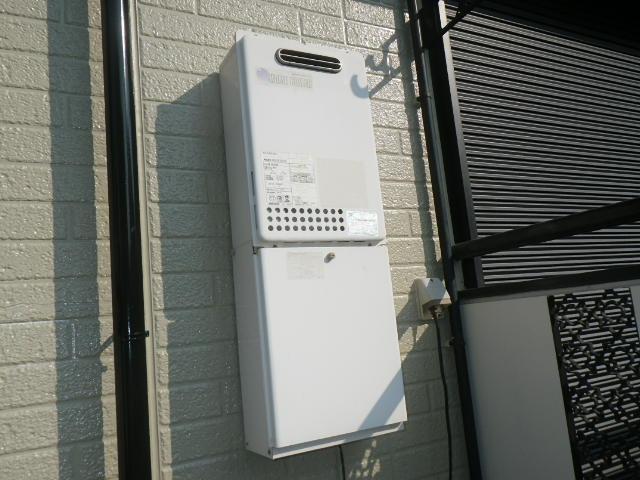 神戸市東灘区御影本町ハイツ ノーリツ16号ガス給湯器 取替交換工事施工 KS-166SABH から GQ-1639WS