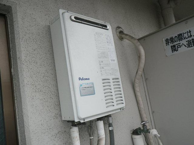 尼崎市富松町 マンション ノーリツ16号ガス給湯器 取替交換工事施工 PH-163EWH から GQ-1639WS