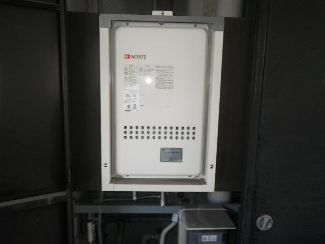 尼崎市長洲本通 ハイツ ノーリツ16号 ガス給湯器 取替交換工事施工 GQ-1612WE-TB から GQ-1637WS-TB