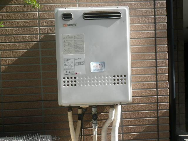 尼崎市杭瀬本町 戸建住宅 ノーリツ24号ガスふろ給湯器 取替交換工事施工 GT-2422SAWX から GT-2460SAWX BL