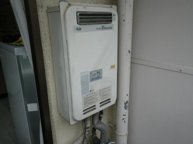 尼崎市立花町 マンション ノーリツ16号 ガス給湯器 取替交換工事施工 33-390 から GQ-1639WS