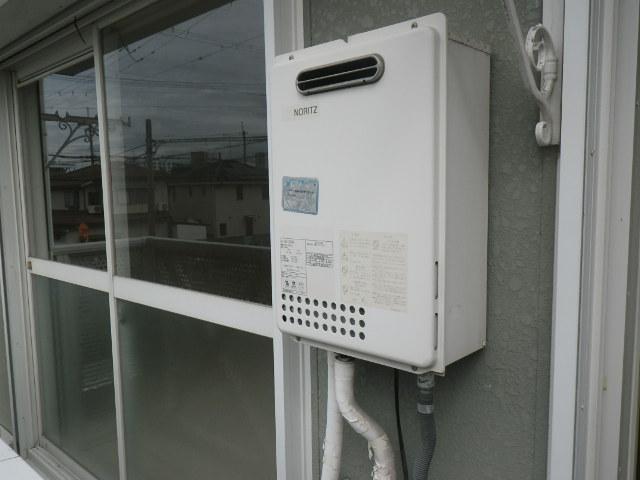 伊丹市柏木町 ハイツ 16号 ノーリツ ガス給湯器 取替交換工事施工 GQ-1623WA から GQ-1639WS