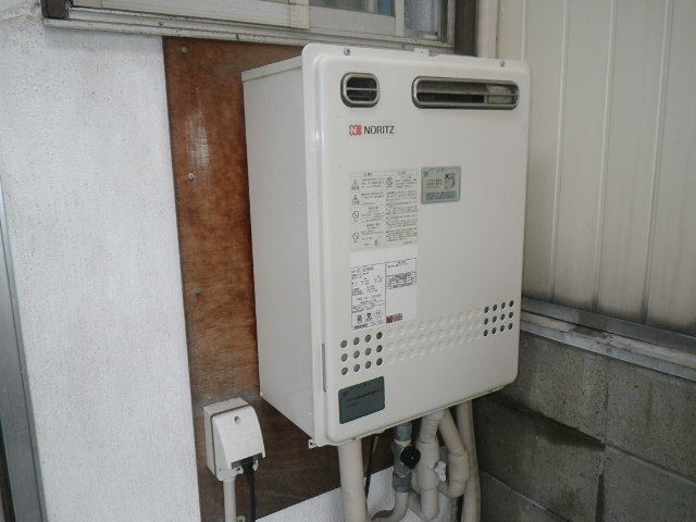 宝塚市中野町 戸建住宅 ノーリツ16号ガスふろ給湯器 取替交換工事施工 GT-1627SAWX から GT-1660SAWX