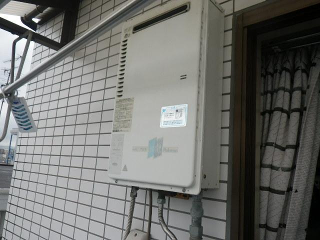 尼崎市南七松町 マンション ノーリツ16号ガス給湯器 取替交換工事施工 PH-16CW から GQ-1639WS