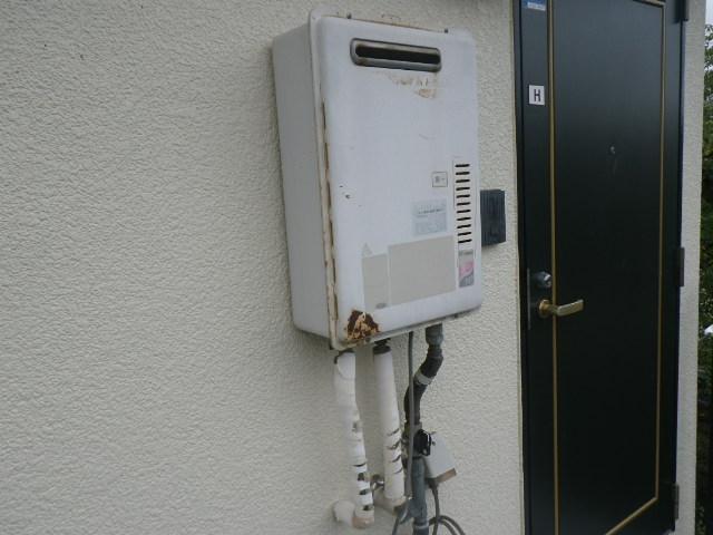 尼崎市塚口本町ハイツ ノーリツ 16号ガス給湯器 取替交換工事施工 リンナイ から GQ-1639WS