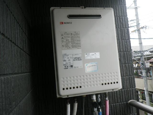 大阪市生野区 戸建住宅 ノーリツ 24号 エコジョーズ ガスふろ給湯器 取替交換工事施工 GT-2428SAWX から GT-C246SAWX