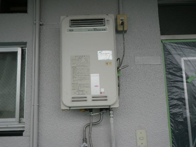 尼崎市下坂部 マンション ノーリツ16号ガス給湯器 取替交換工事施工 33-340 YS1621R から GQ-1639WS-1