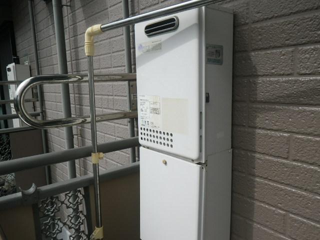 西宮市甲子園2番町 ハイツ ノーリツ16号ガス給湯器 取替交換工事施工 KS-165SABH から GQ-1639WS-1