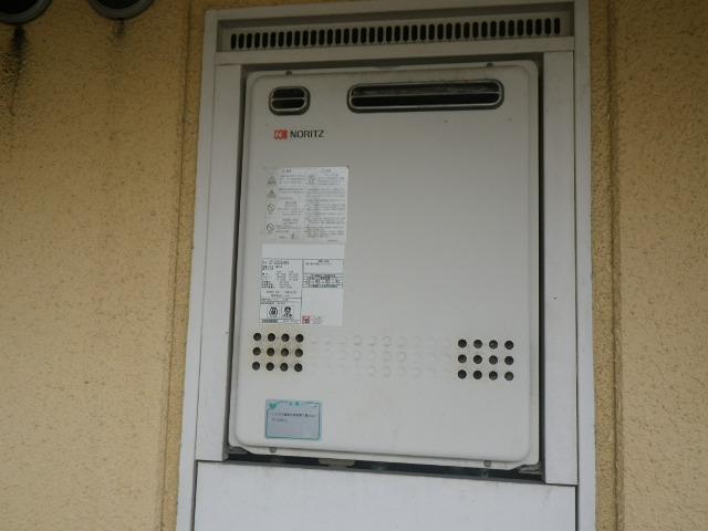 大阪府四条畷市マンション ノーリツ20号ガスふろ給湯器 取替交換工事施工 GT-2027SAWX から GT-2060SAWX