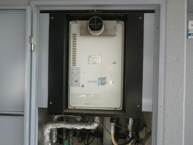 尼崎市武庫之荘東マンション ノーリツ16号ガス給湯器 取替交換工事施工 PH-16CW3 から GQ-1639WS-T